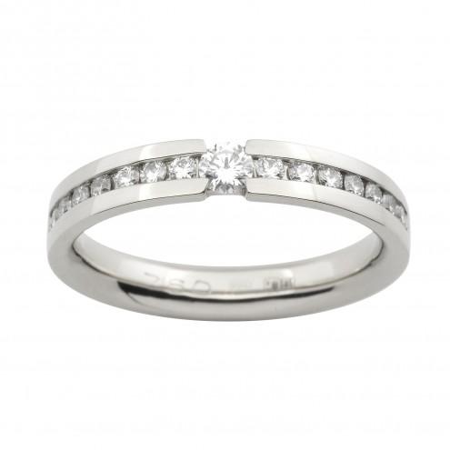 Обручка з декількома діамантами 941-0679